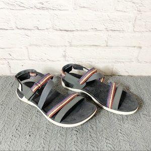 New Womens Mendi Backstrap Sandal size 9